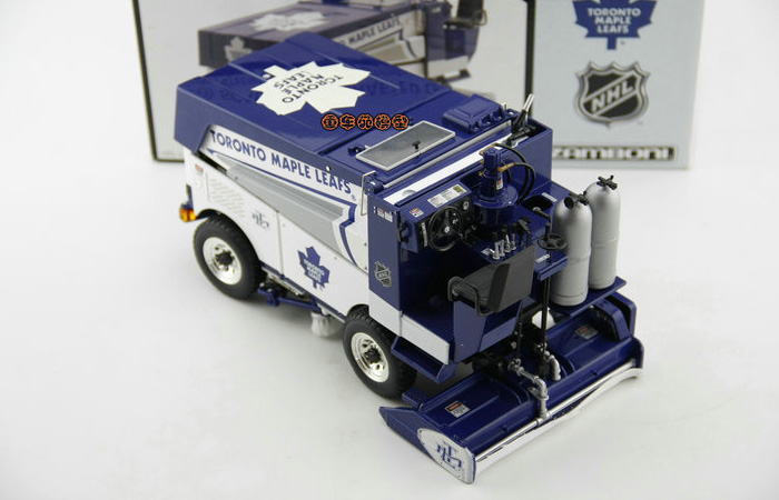 1/18 Scale Model Motor City Classics Ice resurfacing machine Diecast Model, NHL Zamboni Machine Diecast Car, Zamboni 500 Series.