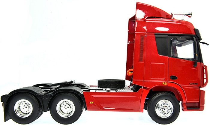 1/24 Scale Model XCMG Heavy Truck / Truck Tractor Trailer Diecast Model.