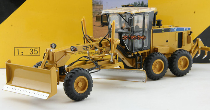 Scale Model, 1/35 Scale Caterpillar SEM 919 Motor Grader Diecast Model, CAT Grader Static model, finished model, display model.