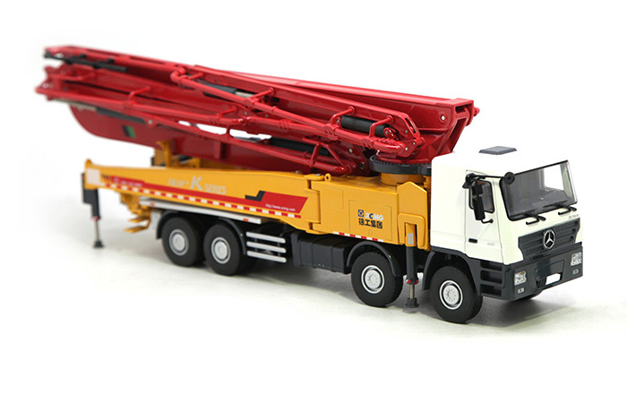 1/35 Scale Model XCMG HB56K Benz Actros-4141 Concrete Pump Truck, Engineering Machinery Diecast Model.