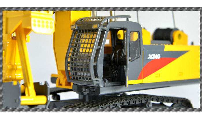 1/35 Scale Model XCMG XG450D Diaphragm Wall Hydraulic Grab, Engineering Machinery Diecast Model.