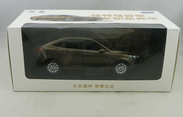 1/18 Scale Model FORD ESCORT 2015 Original Diecast Model Car, Gifts, toys, collectibles, Display Model, Static Model, Finished model.