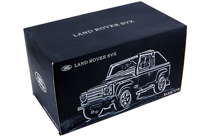 1/18 Scale Model Car Truck, Land-Rover Defender SVX Zinc Alloy Diecast Model.