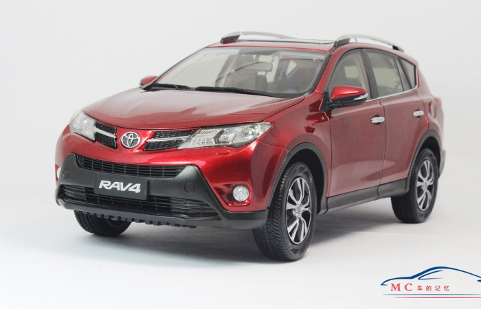 Original Diecast Model Car, Toyota RAV4 2014 1/18 Scale Model Car For sale.