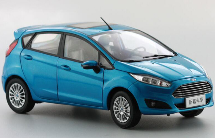 1/18 Scale Model FORD New FIESTA 2013 Original Diecast Model Car, Gifts, toys, collectibles, Display Model,  Static Model, Metal model car.