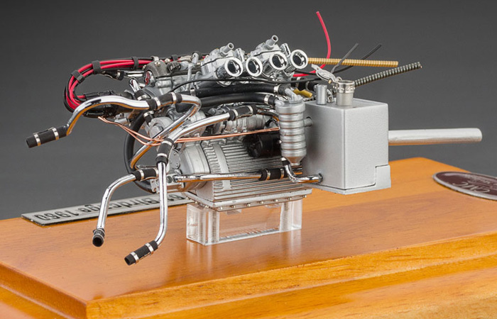 1/18 Scale Model Motor Of Maserati Tipo 61 Birdcage 1960 (CMC M-126 Die-Cast Engine Scale Model).