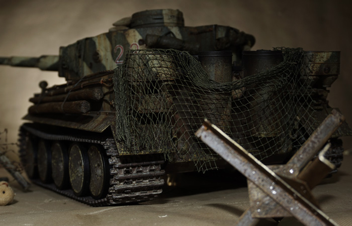 Battlefield V The Last Tiger 237 Remote Control Scale Model Tank, Game Tank custom coating.