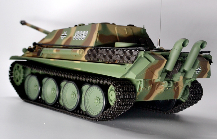 HENG-LONG Toys 3869 RC Scale Model Tank, World War II Jagdpanther German Tank Destroyer Remote Control Tank.