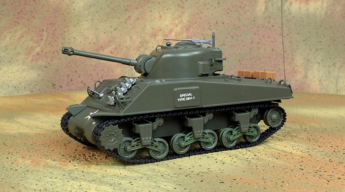 HENG-LONG Toys RC Tank 3814-1, WWII USA M4A3 Sherman 1/30 Scale Model Remote control Tank, Airsoft  tank, military vehicles, radio control battle tank.