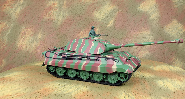HENG-LONG Toys RC Tank 3888, World War II Germany KING TIGER Heavy Tank 1/16 Scale Model Remote  control Tank, Airsoft tank,.
