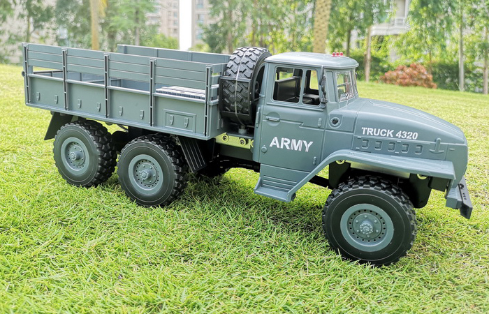 1/12 Scale Model Ural Military Truck, 6WD Radio Remote Control Truck Toy RC Car, kids gift.