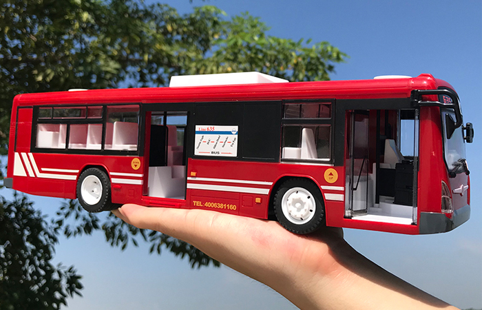 Remote Control Bus, Toy Car, Scale Model Bus, Kids Toys Bus, Electric toy bus, birthday present.