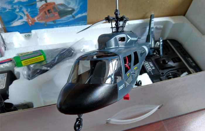 Esky CO-DOLPHIN 2.4Ghz 4 Channel RC Helicopter, For Beginners And Professionals, Indoor and outdoor flight.