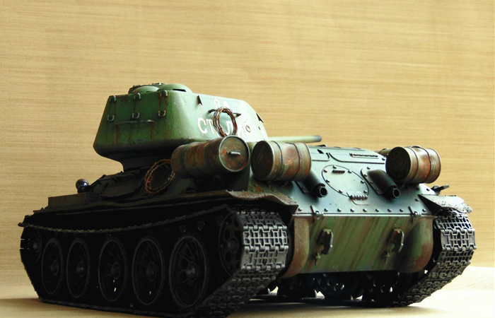 HENG-LONG Remote Control Scale Model Tank 3909 RUSSIA Soviet T-34 RC Tank.