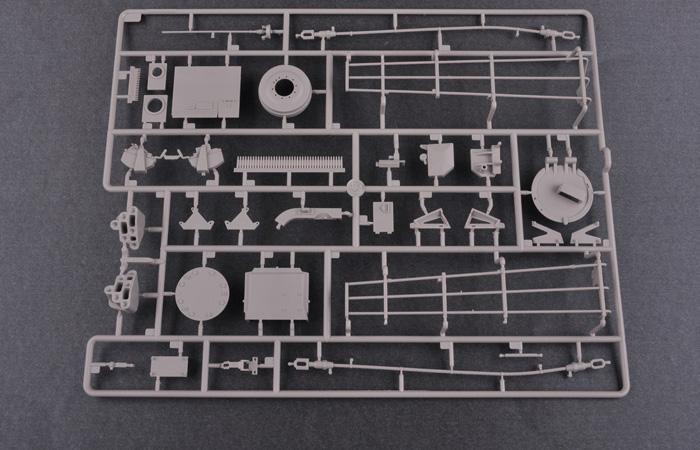 1/16 Scale Model Kit, US M1A1 AIM MBT, TRUMPETER 00926 Plastic Model Kit.