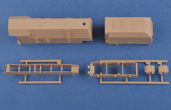 1/72 Scale Model Kit, German Panzerlok BR57 Armoured Locomotive, Hobby-Boss 82922 Plastic Model Kit.