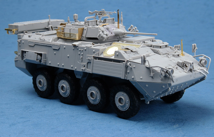 TRUMPETER Plastic Model Kit 01519, Canada LAV-III 8x8 wheeled armoured vehicle Plastic Model Kit Scale Model, Static Armor Model
