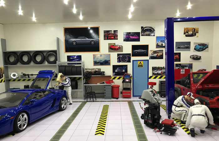 1/18 Scale Car Repair Shop Scenes Diorama For Collect Your 1:18 Diecast Scale Model Cars.