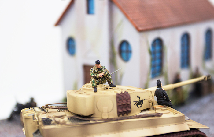 Precision Model Art PMA-P0210 WWII Malinava Counterattack Diorama, War Scenes Model Show.
