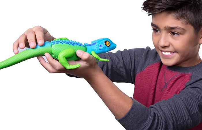 Silverlit Toy Lurking Lizard, Zuru Robo Alive Real-Life Robotic Pets. Child Toy Animals.