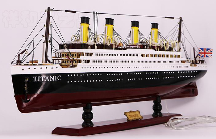 Wooden Titanic Cruise Ship Scale Model Boat, Collection, Gift, Display Ship Model.
